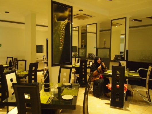 Anna inside Peppercorns ~ an ultra modern restaurant a step up from the other Nizwa joints