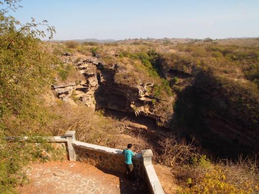 the Tawi Atayr Sinkhole