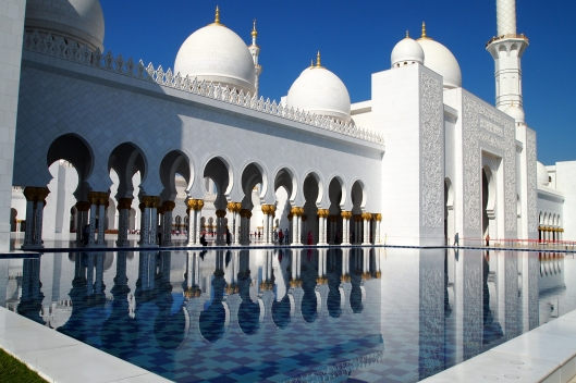 the sheikh zayed bin sultan al-nahyan mosque in abu dhabi