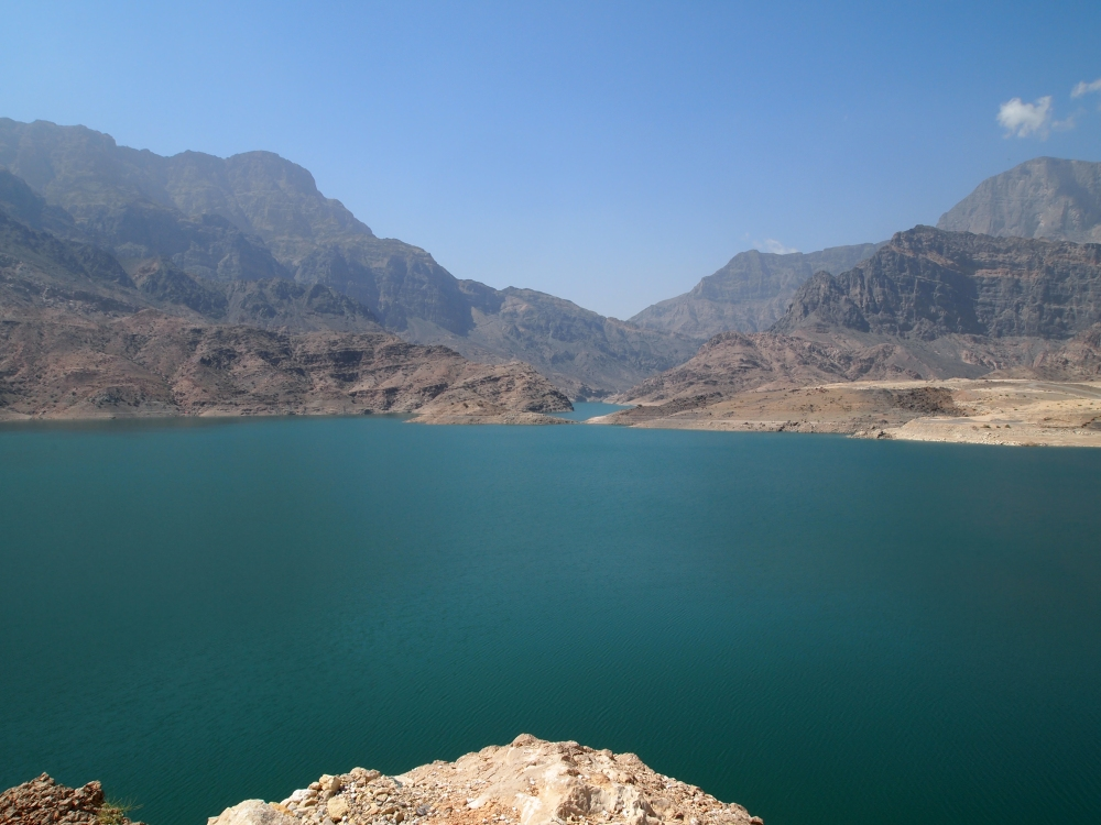 the east coast road trip: wadi dayqah dam & bimmah sinkhole. {part 2} (5/6)
