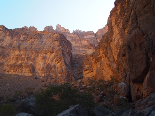 the precipitous walls of An Nakhur Gorge