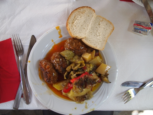 My delicious meatballs at the Meteora Restaurant in Greece