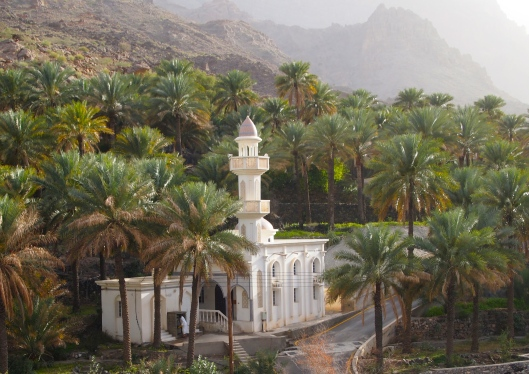 another mosque amidst the date palms in Al Alya