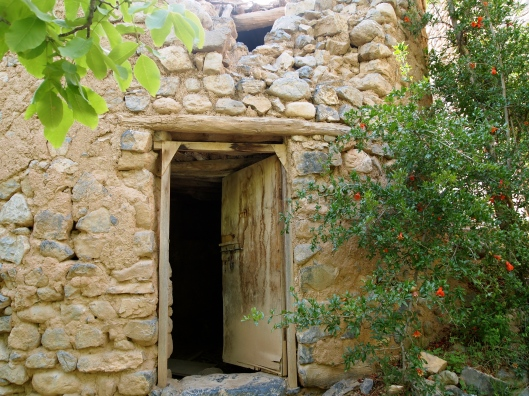 entrance to ruins at Wadi Bani Habib on Jebel Akhdar