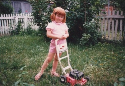 Sarah and her bubble lawnmower in Richmond, Virginia