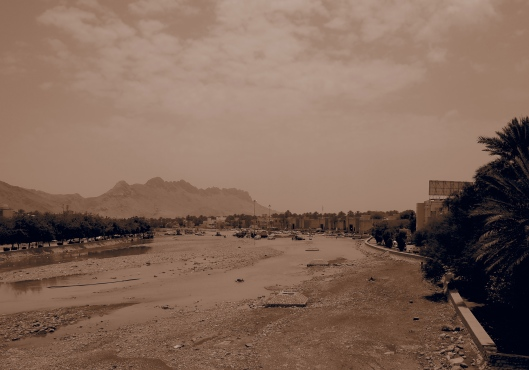 looking from the bridge over the wadi to the souq